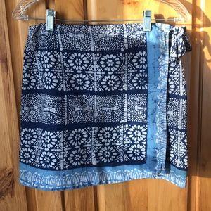 💐American Eagle Wrap Skirt Size 2